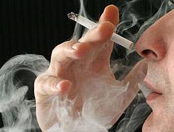 Sigara zatürreye davetiye çıkarıyor