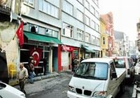 PKK'lıları satırlarla kovaladılar !