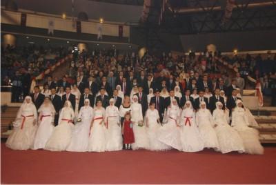 Bağcılar Belediye Başkanı Çağırıcı 50 Evladını Evlendiriyor