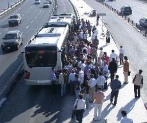 Metrobüs trafiğini felç eden kaza..