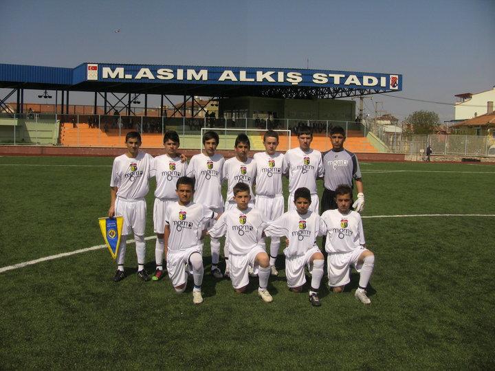 Güngören spor kulübü u 14 takımı istanbul şiyonu oldu
