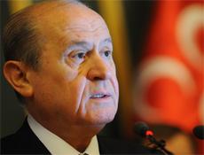 MHP'den Mumcu'ya sürpriz teklif