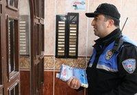 Polis 4 bin zili 'çalıp, kaçtı'