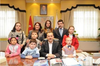 Otistik engelli çocuklar'dan Bağcılar Belediyesi'ne ziyaret