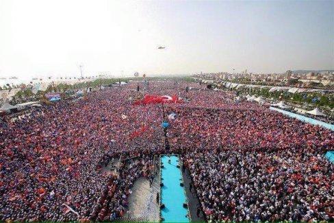 Ak Parti Yenkapı'da Gövde Gösterisi Yaptı