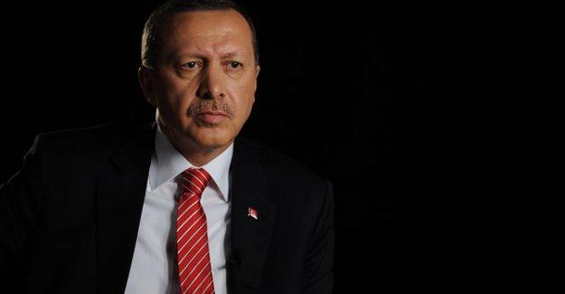 AKP Kongresi İiçin Geziyi İptal Etti