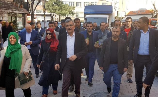 Zeytinburnu Sokaklarını Fesleğen Kokusu Sardı