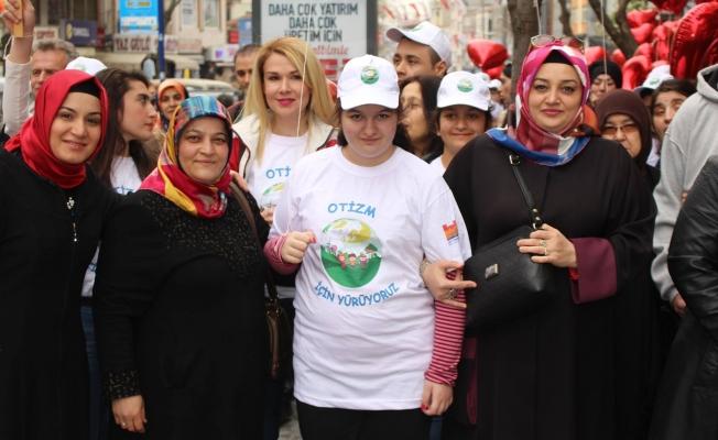 Zeytinburnu Otizim Farkındalık Gününü Unutmadı