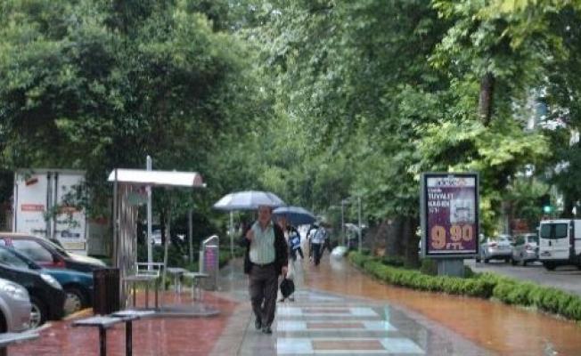 İstanbul'da hava bu hafta yağmurlu geçecek