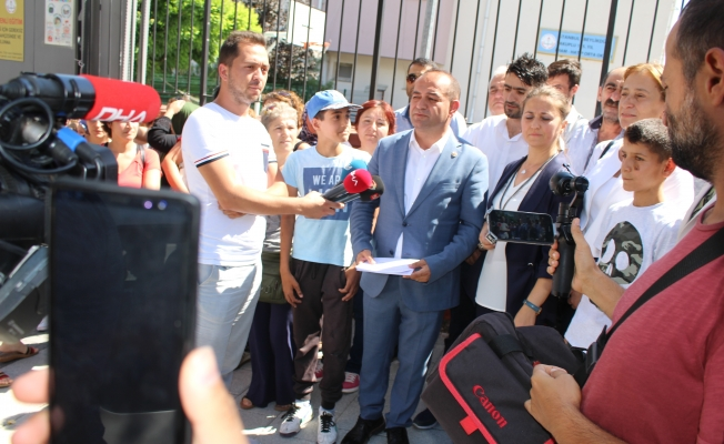 Özgür Karabat : Sokaktan Meclis'e