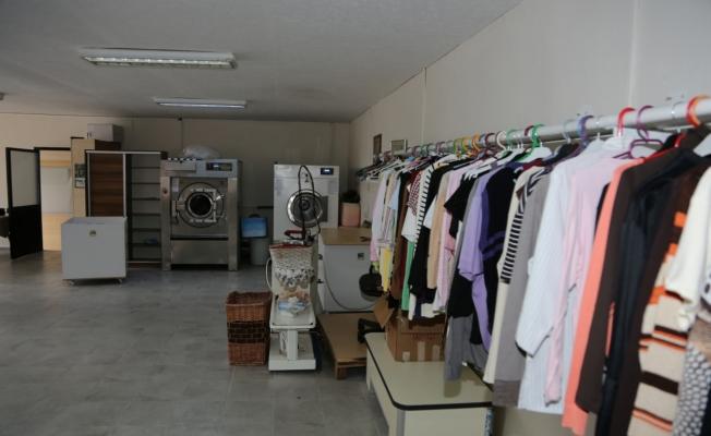 Fazla Giysiler İhtiyaç Sahiplerini Isıtıyor