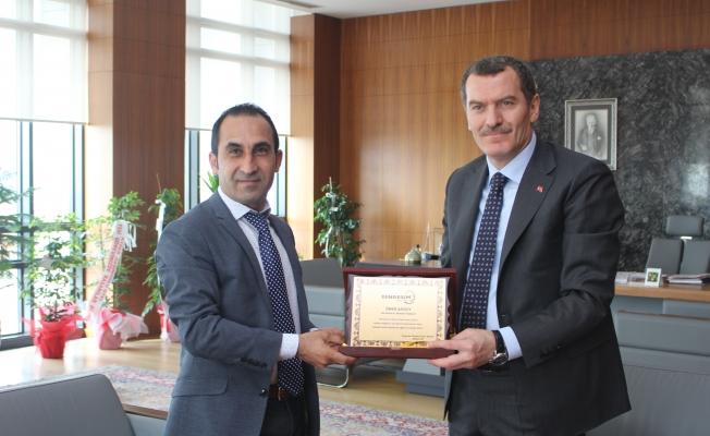 Ahmet Ok'tan Arısoy'a hayırlı olsun ziyareti