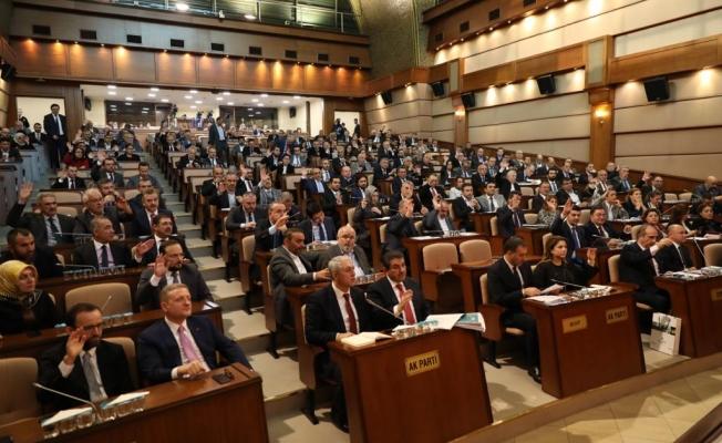 """İmamoğlu: """"İstanbul'da Borcu Azalttık, Yatırımı Hızlandırdık"""""""