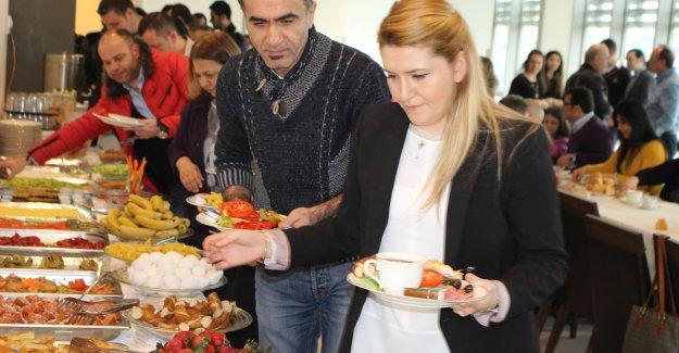 Avrasya  Küçükköy Açılış İçin Gün Sayıyor