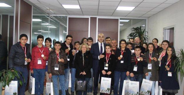 Bakırköy Belediyesi Bu Kez Besnili Çocukları Ağırladı