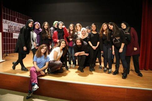 Başakşehir Belediyesi Tiyatro Akademisi açıldı