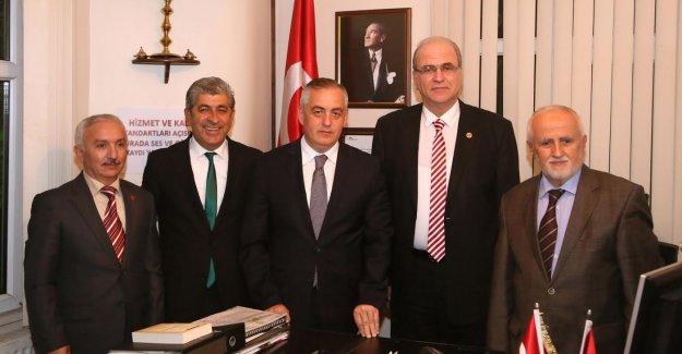 Başkan Aydın, Muhtarlar Gününü Kutladı