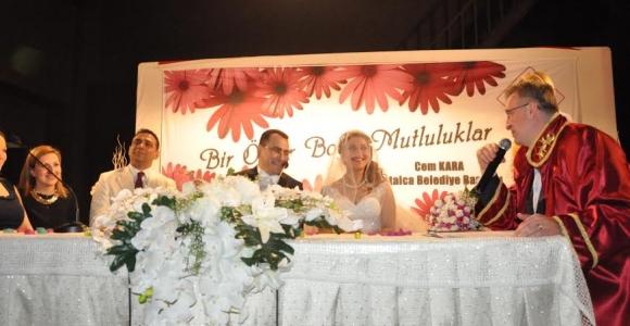 Başkan Cem Kara'dan Nişan Ve Nikah Mesaisi