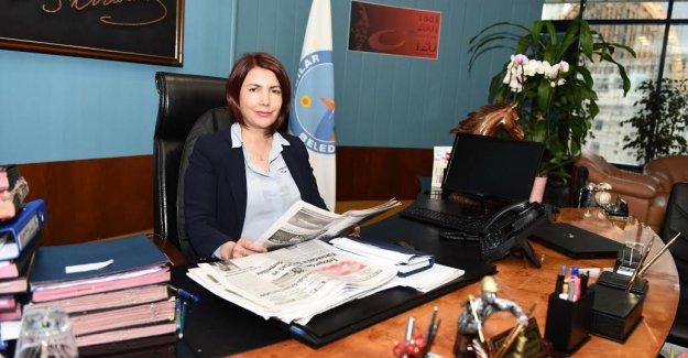 """Başkan Dr. Handan Toprak,  """"Gazeteciler Toplumun Vicdanıdır"""""""