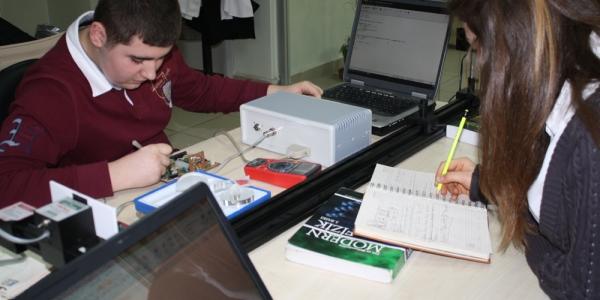 Bayrampaşa'nın Bilim Merkezine Tubitaktan İki Ödül