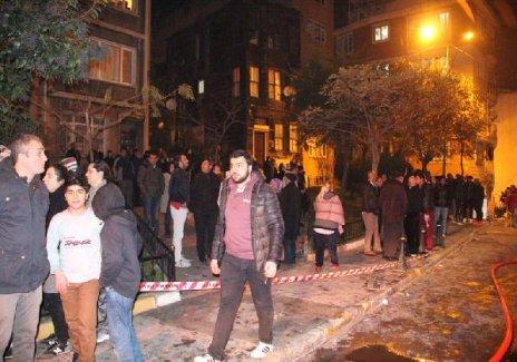 Beyoğlu'nda binada yangın çıktı