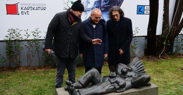Bezgin Bekir Kadıköy'de Yatıyor