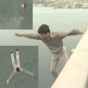 Boğaziçi köprüsünde intihar (fotoğraflı)