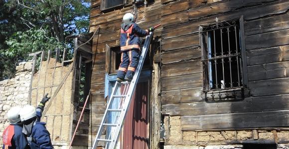 Çatalca Belediyesi Tescilli Yapılarda Güvenlik Önlemi Alıyor