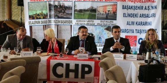 CHP Belediyenin 2015 yılı bütçesini yerden yere vurdu
