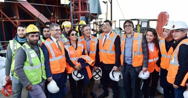 CHP'li başkandan 3. Köprü'ye ziyaret