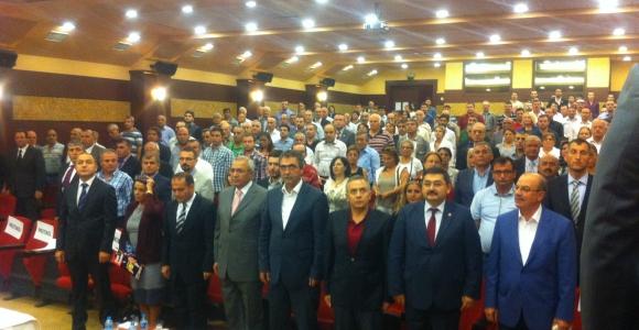 CHP meclis üyeleri ve belediye başkan aday adayları görücüye çıktı