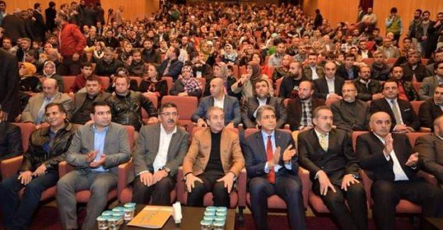 Diyarbakırlılar Mehdi  Eker'i bağrına bastı