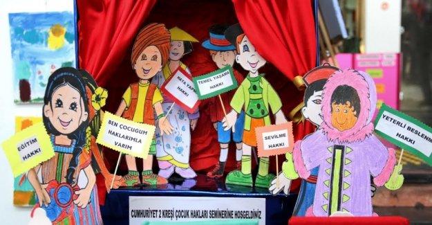 ''Dünya Çocuk Hakları ''temalı sergi