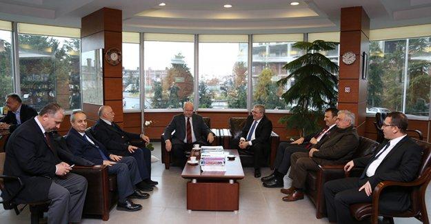 Emekli Orgeneral Aytaç Yalman Başakşehir'de