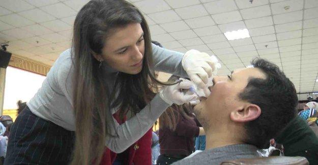 Engelli kursiyerlere ağız ve diş bakımı
