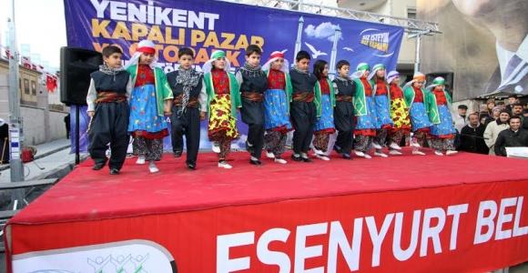 Esenyurt' un Döndürücü Kapalı Pazarı Yenikent'e Açıldı