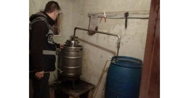 Ev değil sahte içki imalathanesi