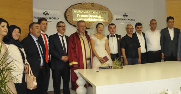Gazeteci Bayram Kırtaş'ın, kızı evlendi