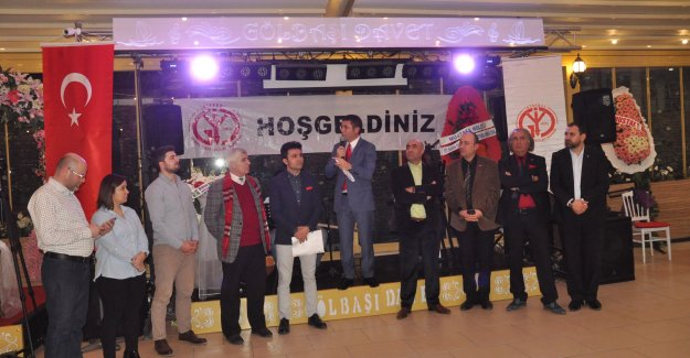 Gazeteciler kurtlarını döktü, DİSK yerel gazetelere abone oldu...
