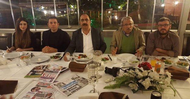 Gürbüz Çapan, ödül alan gazetecileri ağırladı