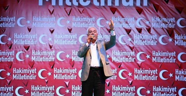 Hatipoğlu ve Karataş Demokrasi Nöbetinde Konuştu