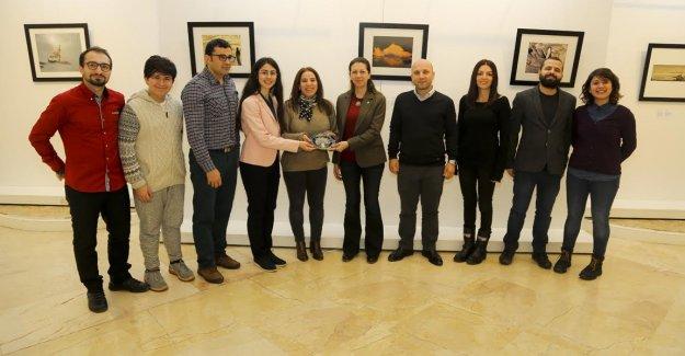 """""""Hepimizin Antarktika'sı"""" sergisi Maltepe'de açıldı"""
