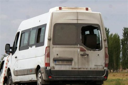 Iğdır'da polis minibüsüne saldırı