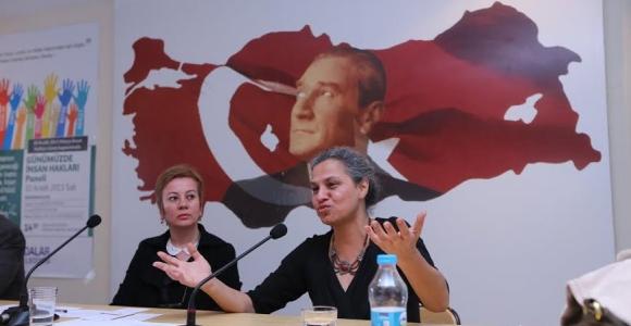 """""""İnsan Hakları ve Kadının İnsan Hakları Paneli"""" Adalar'da Yapıldı"""