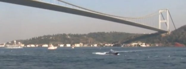 İstanbul Boğazı'nda çifte intihar şoku