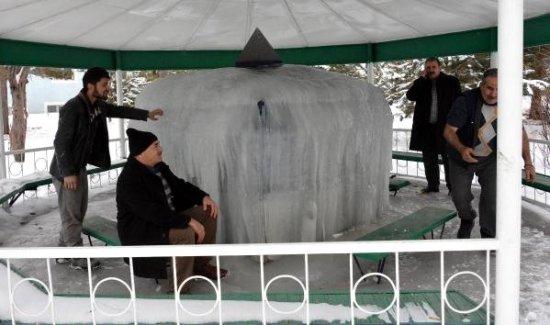 İstanbul'da sürpriz kar yağışı