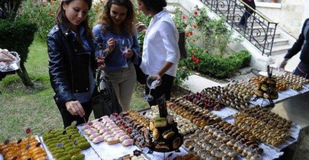 "İstanbul Fransa Sarayında ""Pasta Sanatı"""