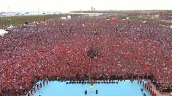 İstanbul'un 562 Fetih yıl dönümüne görkemli kutlama