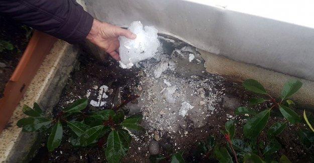 İstanbul'da akılalmaz olay! Gökten buz kütlesi düştü, bomba gibi patladı
