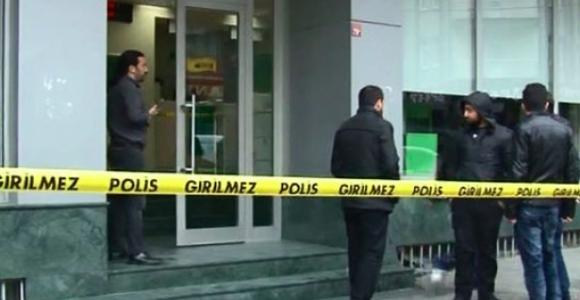 İstanbul'da Banka Soygunu! 150 Bin TL ile kaçtılar!